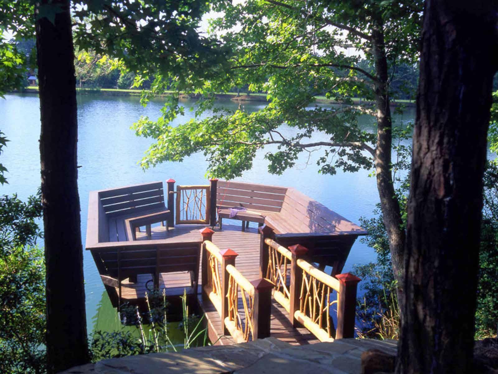 Cobb's Cove Private Log Home