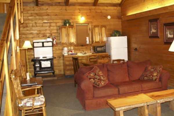 Goliad - Two Bedroom with Loft Log Cabin