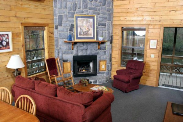 Lone Star - Two Bedroom Two Bath with Loft Log Cabin