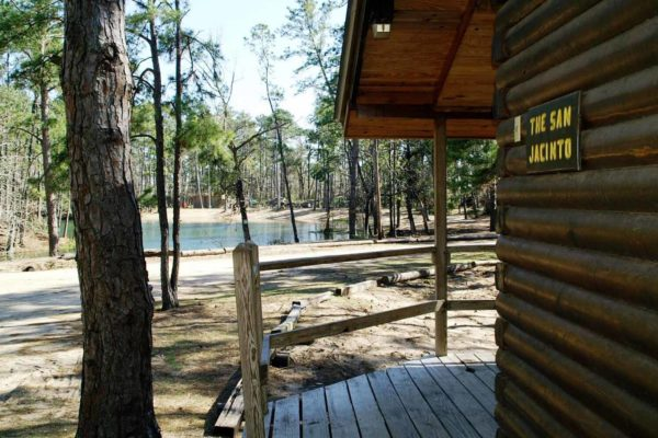 San Jacinto - Two Bedroom, One Bath with Loft Log Cabin