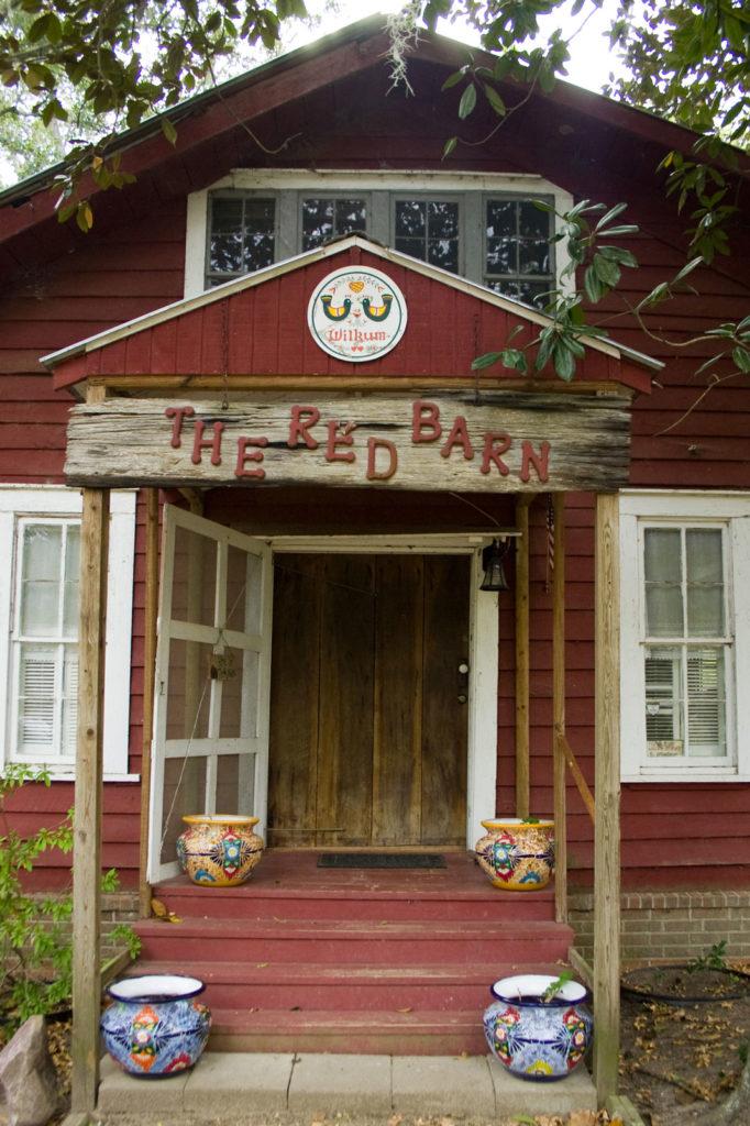Red Barn The Retreat At Artesian Lakes